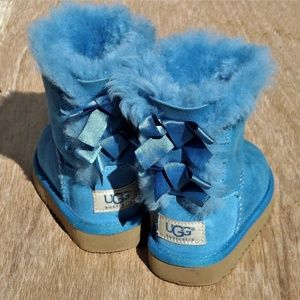 Uggs Bailey Bow II Size 7C Toddler Boots